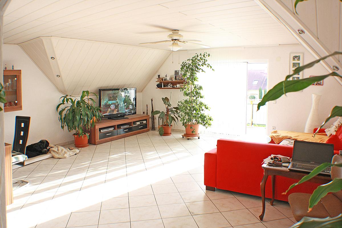 3 zimmer wohnung kaufen in mahlberg auf 120m s dbalkon offene k che immobilienmakler in. Black Bedroom Furniture Sets. Home Design Ideas